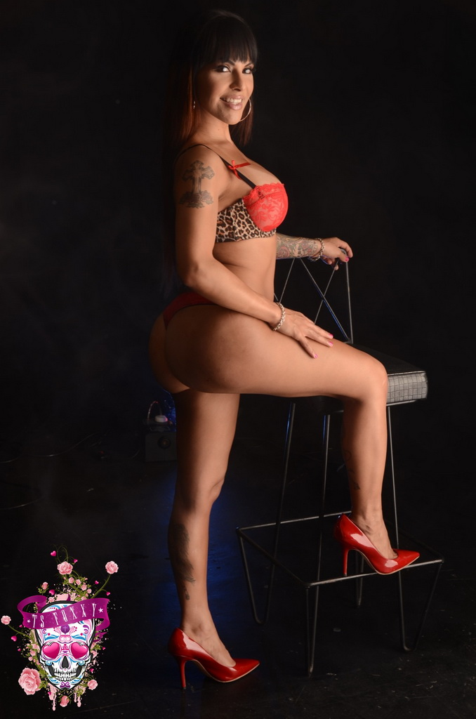 Famous TS Foxxy In Free Shemale Gallery